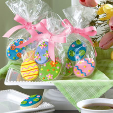 Hand decorated Easter cookie favors in a bag make a great addition to any Easter basket. Bags may vary by shoppe location. Four favor bag minimum order.