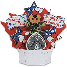 Show our troops how much you appreciate their service with this stunning arrangement. Star-shaped flags, dog tags and camouflage make a delicious way to say thank you!